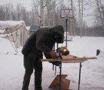 Au bricolage, par tous les temps... neige, froid, vent...