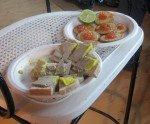Apéritif: toasts d'oeufs de saumon, foie gras de France sur pain maison.