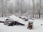 Ma tente qui servait d'abri pour mon plan de travail s'est écroulée sous la neige...