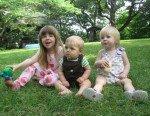 Les 3 cousins: Claire, Timothy et Maggie.