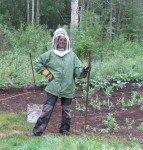 Armée contre les moustiques pour le desherbage.