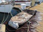 Le dessous de notre miserable dinghy.
